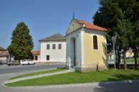 Kaplička z roku 1832.