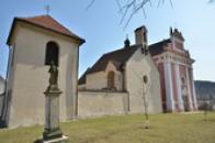 Kostely svaté Kateřiny a svaté Ludmily.