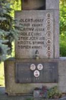 Památník padlým v detailu.