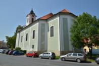 Kostel sv. Vavřince od východu.