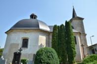 Hřbitovní kostel svatého Rocha.
