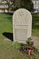 Památka na zdejší židovské občany.