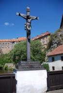 Kříž na Lazebnickém mostě.