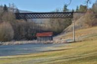 Železniční most přes Křemžský potok.