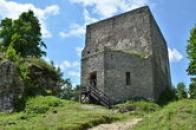 Pohled na hlavní věž.