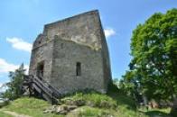 Vstup do hlavní věže.