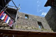 Pohled z hlavní věže.