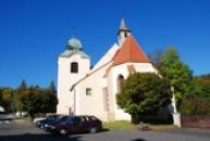 Zdejší kostel Nanebevzetí Panny Marie.
