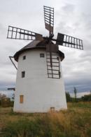 Větrný mlýn.