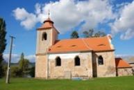 Kostel sv. Jana Evangelisty v Zahořanech u Vilémova.