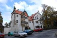 Dolní zámek v renesančním slohu.