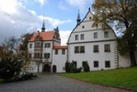 Dolní renesanční zámek.