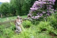 Výjev z Olivetské zahrady se sochou modlícího se Spasitele.