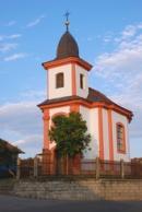 Pohled na kapli sv. Jana Nepomuckého.