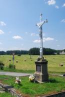 Křížek na kraji vísky.