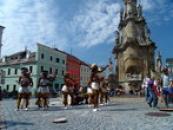 Africké tanečnice na náměstí Míru.