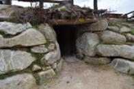 Vstup do podzemní chodby.