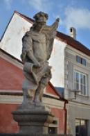 Socha na Horním náměstí.