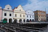 Masarykovo náměstí v průběhu kulturního léta.