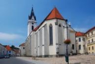 Kostel sv. Jiljí a klášter Augustiniánů.