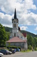 Věž kostela Proměnění Páně.
