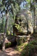Tajemná kamenná lebka.
