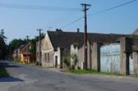 Ulice směrem na Novou Studnici.