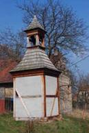 Lidová zvonice z roku 1749.