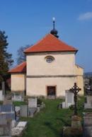 Kostel sv, apoštolů Petra a Pavla z roku 1361.