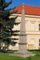 Pamětní obelisk Jaroslava Bořity z Martinic.