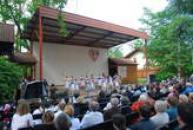 Folklórní festival Tuchlovická pouť.