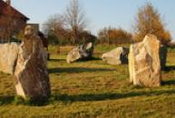 Zíchovecký kromlech, replika prehistorických kruhů z kamene.