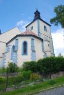 Kostel Narození Panny Marie na zdejším náměstí.