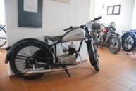 Historický motocykl ČZ ve zdejším muzeu.