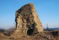 Zřícenina hradu z konce 15. století.