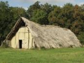 Dlouhý dům ze 4. tisíciletí př.n.l.