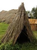 Slovanská zásobní jáma na obilí z 9. století.