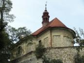 Barokní jednolodní kostel svatého Jakuba.