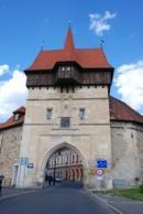 Dominantní Žatecká brána.
