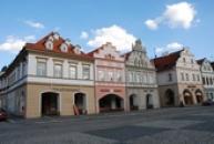 Historické domy na Náměstí svobody.