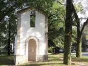 Kaplička v Bříze.