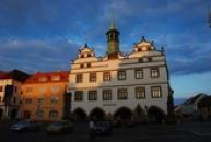 Městské muzeum za soumraku.