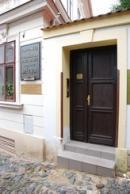 V tomto domě zemřel v roce 1836 K.H. Mácha.