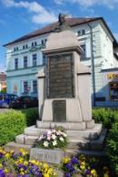 Zdejší památník mistra Jana Husa...