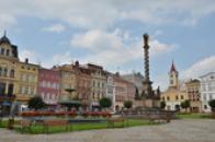 Mariánský sloup na Mírovém náměstí.