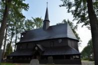 Pohled na dřevěný kostel Panny Marie.