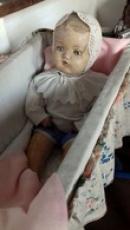 Historická panenka.