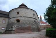 Barokní torion na zdejším zámku.