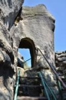 Dávná skalní brána.