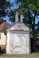 Kaplička z roku 1835.